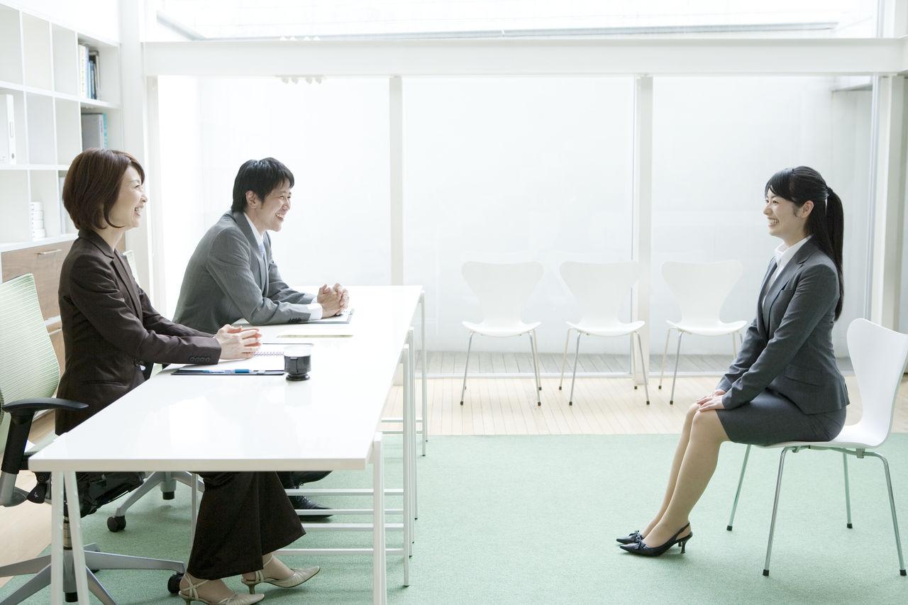 既卒ニートが面接でアルバイト経歴を詐称すると会社にバレるのか